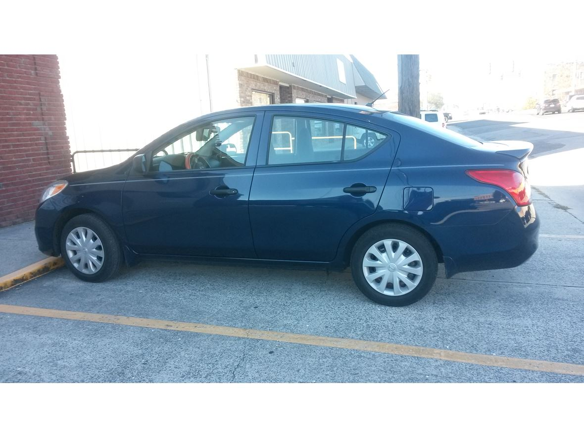 2014 Nissan Versa for sale by owner in Cullman