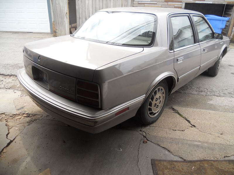 1995 Oldsmobile Cutlass Ciera Sale by Owner in Chicago IL