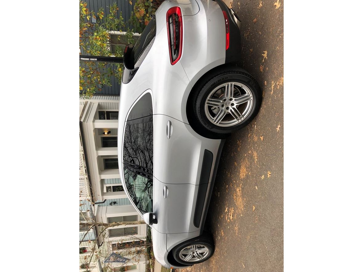 2015 Porsche Macan for sale by owner in Alexandria