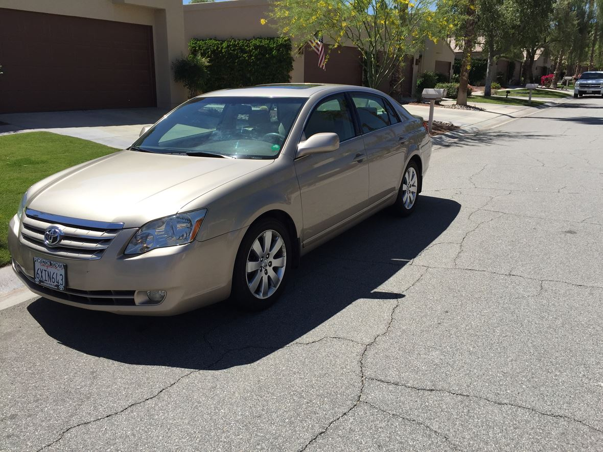 2005 Toyota Avalon for sale by owner in Palm Desert