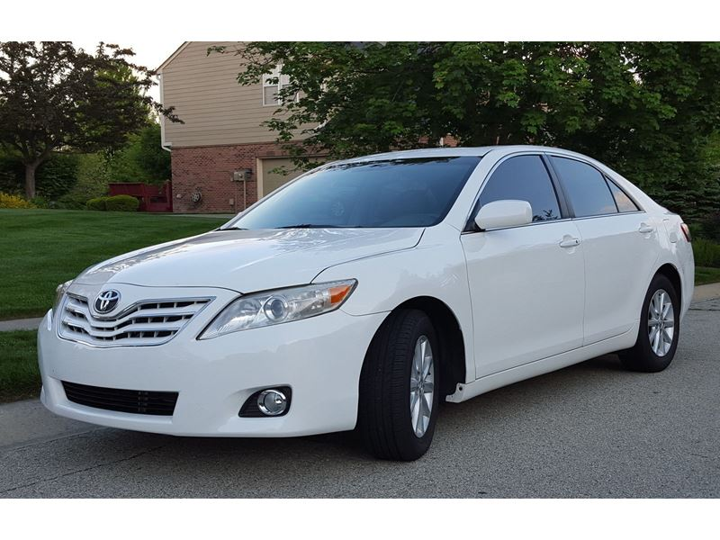 2011 toyota camry for sale by owner in mount pleasant mi 48859. Black Bedroom Furniture Sets. Home Design Ideas