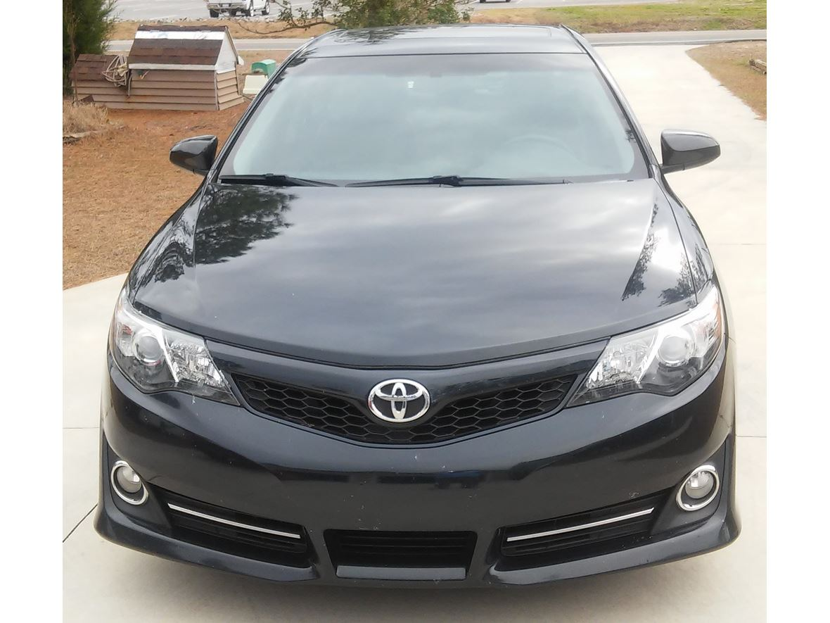 2012 Toyota Camry for sale by owner in Southport