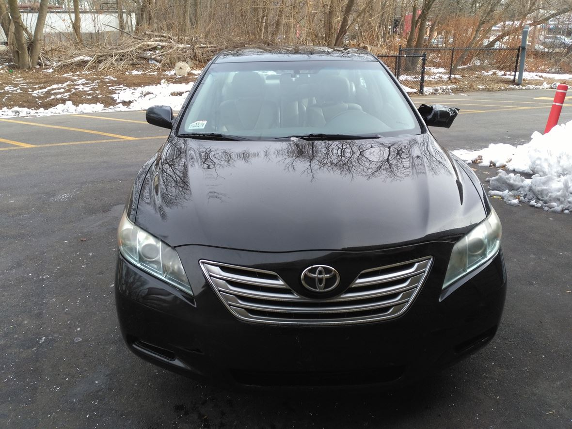 2008 Toyota Camry Hybrid for sale by owner in Hyde Park