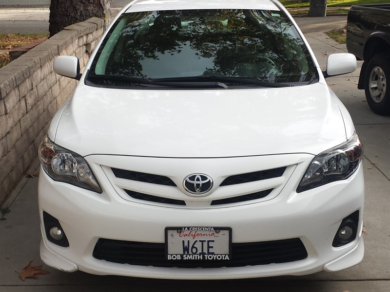 2011 toyota corolla sport for sale by owner in glendale ca 91222. Black Bedroom Furniture Sets. Home Design Ideas