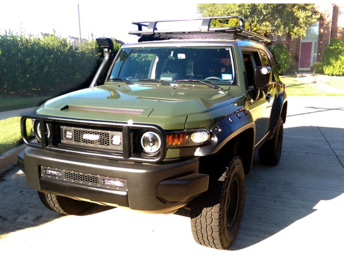2014 toyota fj cruiser for sale by private owner in muldoon tx 78949. Black Bedroom Furniture Sets. Home Design Ideas