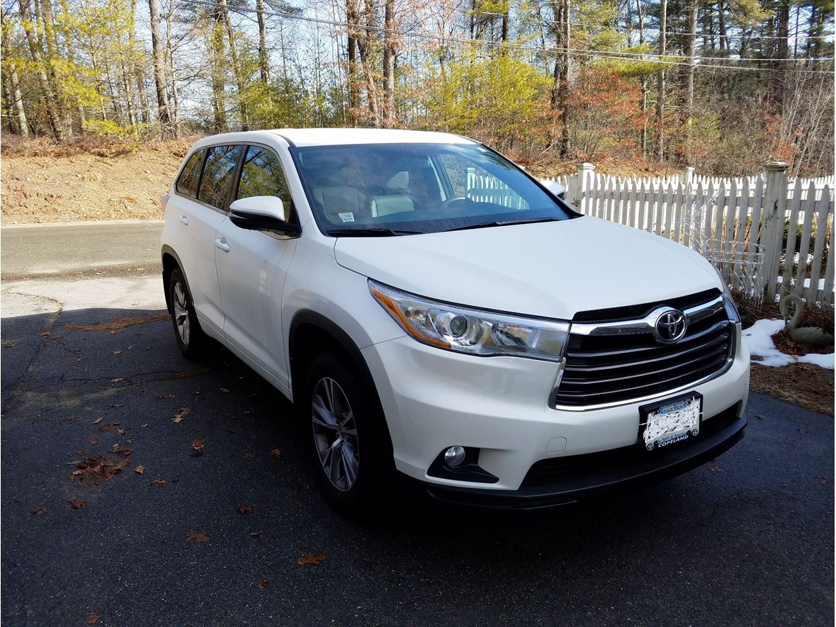 2015 toyota highlander for sale by owner in bridgewater ma 02325. Black Bedroom Furniture Sets. Home Design Ideas