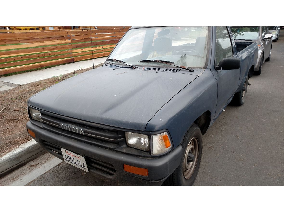 1990 Toyota Pickup for sale by owner in Long Beach