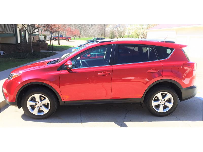 used 2014 toyota rav4 for sale by owner in akron oh 44313. Black Bedroom Furniture Sets. Home Design Ideas