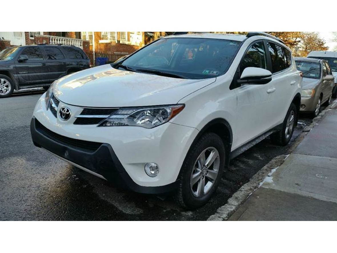 used 2015 toyota rav4 for sale by owner in brooklyn ny 11251. Black Bedroom Furniture Sets. Home Design Ideas