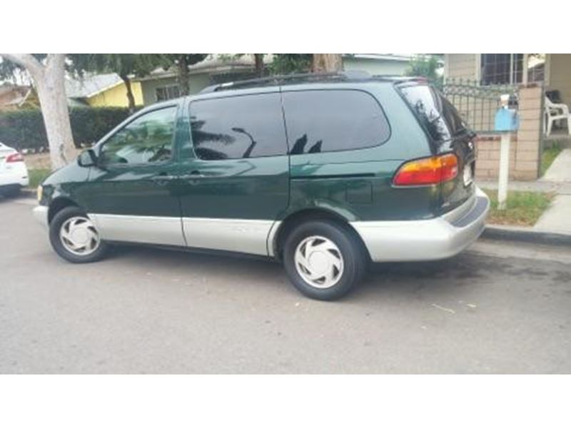 2000 toyota sienna for sale by private owner in anaheim ca 92899. Black Bedroom Furniture Sets. Home Design Ideas