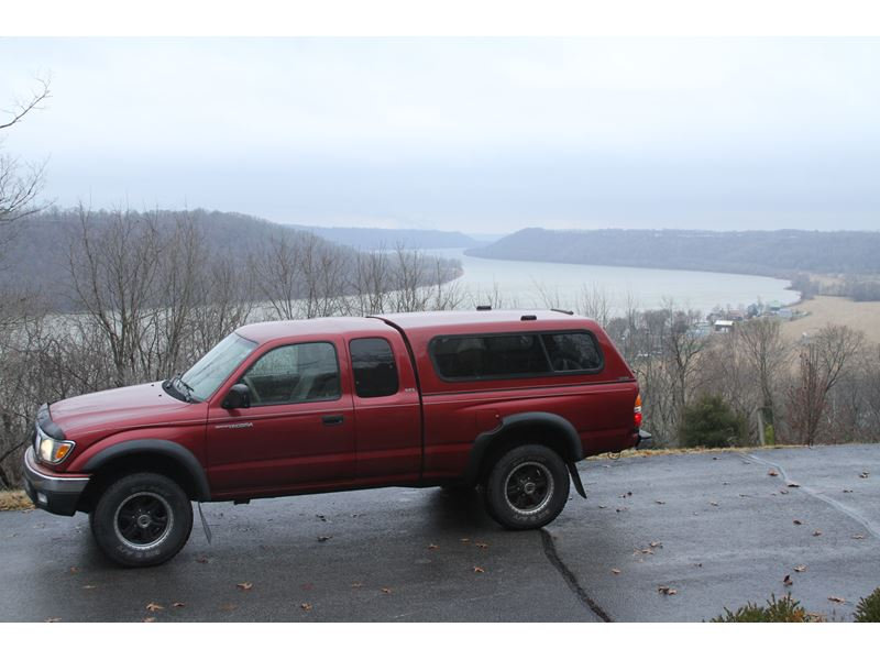 4 doors one owner toyota tacoma for sale autos post. Black Bedroom Furniture Sets. Home Design Ideas