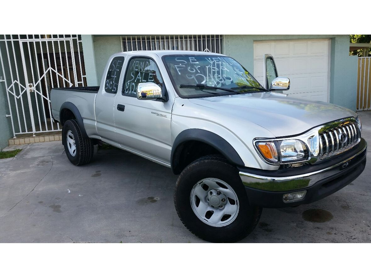2004 toyota tacoma for sale by owner in miami fl 33191. Black Bedroom Furniture Sets. Home Design Ideas