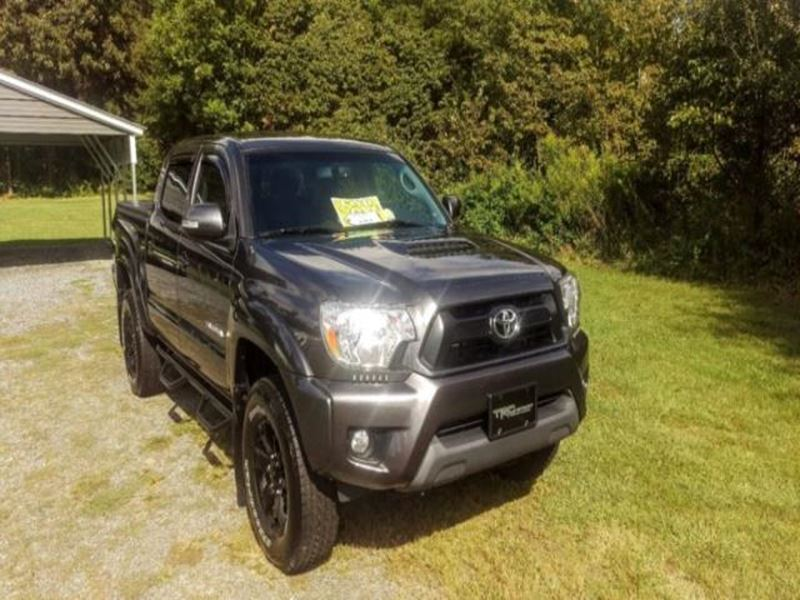 used 2013 toyota tacoma private car sale in ashburn ga 31714. Black Bedroom Furniture Sets. Home Design Ideas