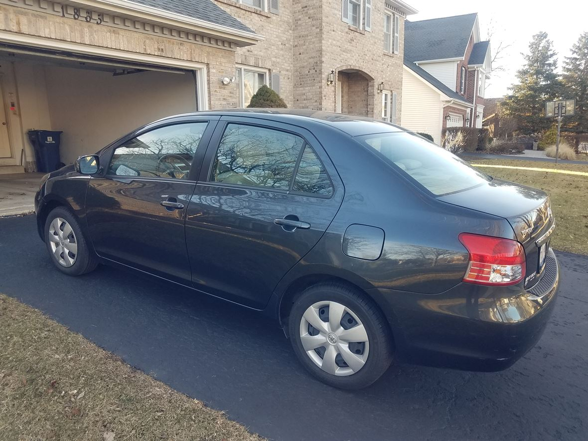 2007 toyota yaris private car sale in naperville il 60567. Black Bedroom Furniture Sets. Home Design Ideas
