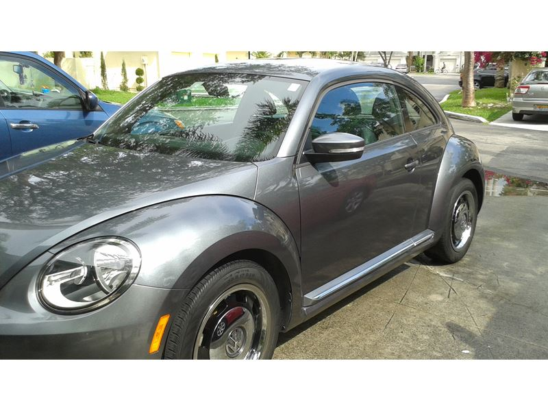 2012 volkswagen beetle private car sale in miami fl 33186. Black Bedroom Furniture Sets. Home Design Ideas
