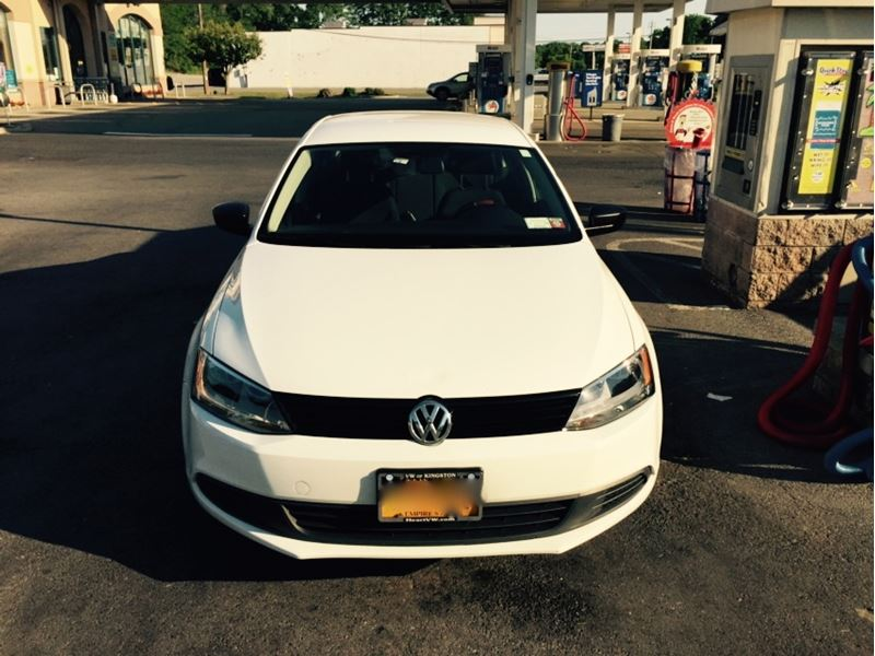 2014 volkswagen jetta sale by owner in wappingers falls ny 12590. Black Bedroom Furniture Sets. Home Design Ideas