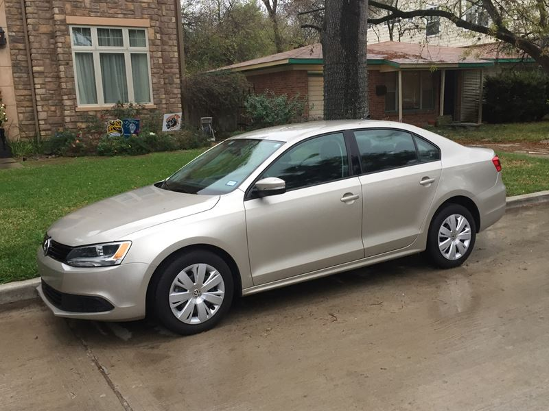 used 2014 volkswagen jetta for sale by owner in bellaire tx 77402. Black Bedroom Furniture Sets. Home Design Ideas