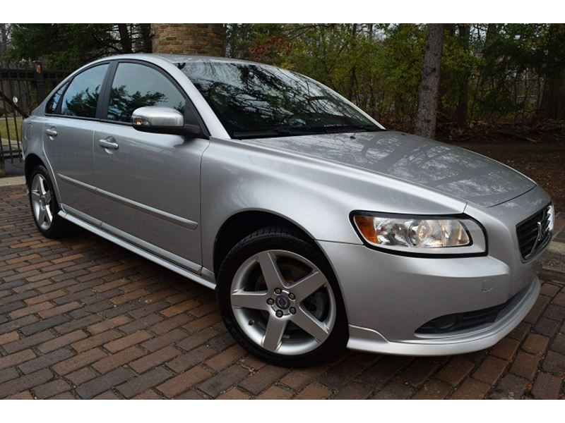 used 2009 volvo s40 for saleowner in detroit, mi 48279