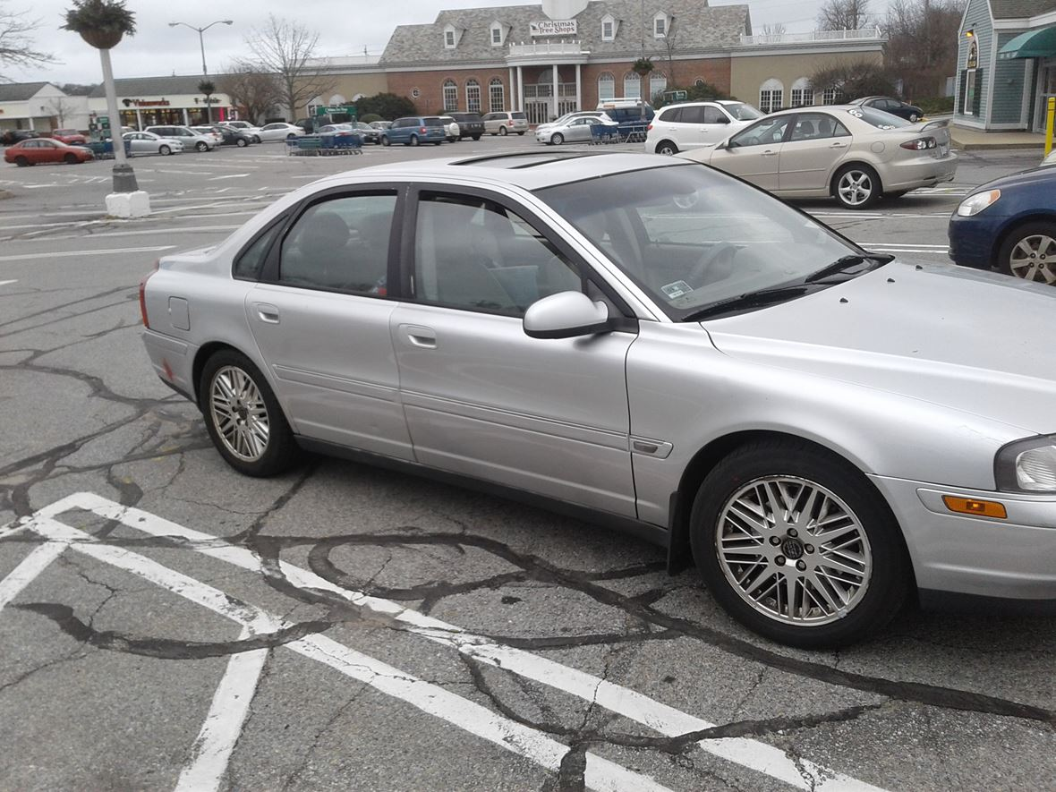 2003 Volvo S80 for sale by owner in Middletown