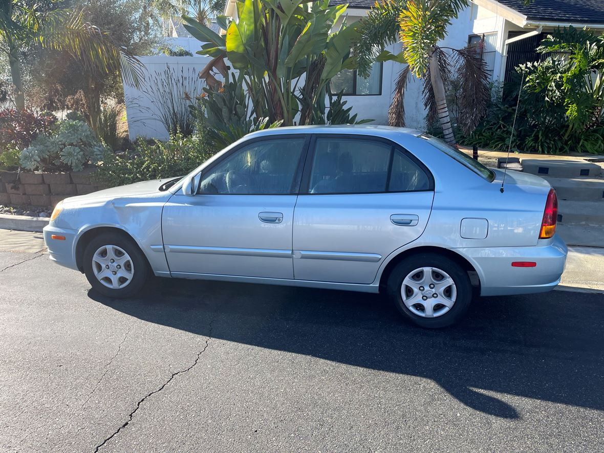 2004 Hyundai Accent for sale by owner in Vista