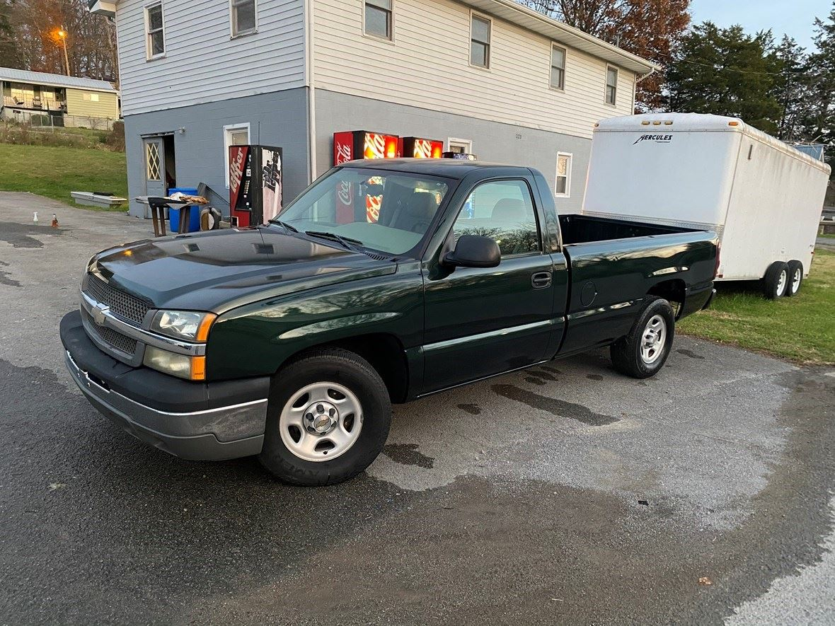 2004 Chevrolet Silverado 1500 for sale by owner in Harrogate