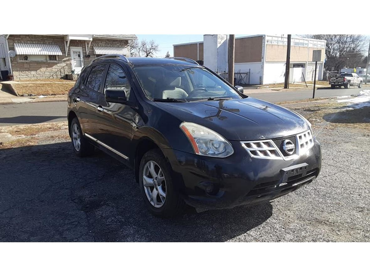 2011 Nissan Rogue SV  for sale by owner in Pennsauken