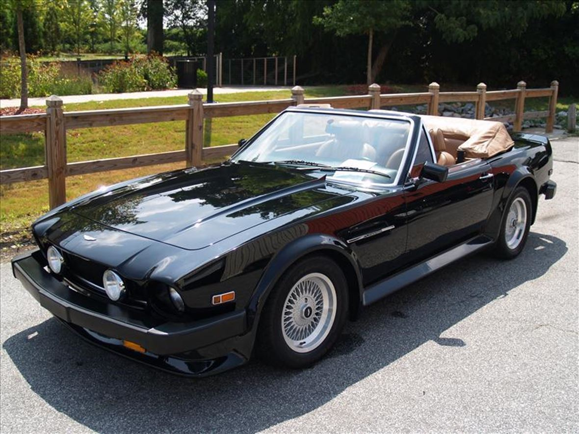 1989 Aston Martin V8 Vantage for sale by owner in Potomac