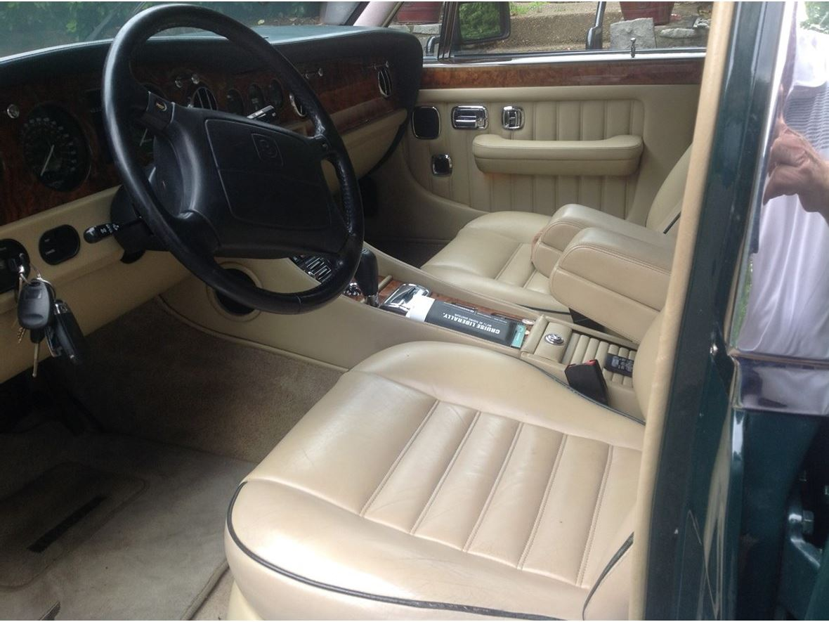 1994 Bentley 1994 for sale by owner in Brentwood