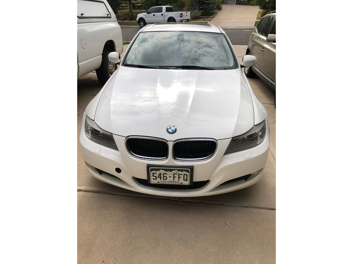 2011 BMW 3 Series for sale by owner in Aurora