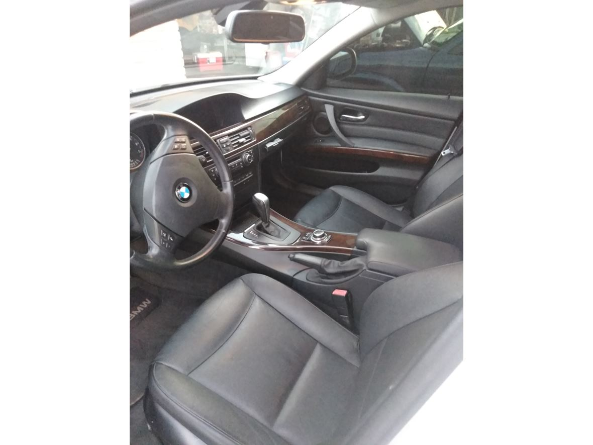2011 BMW 3 Series for sale by owner in Phoenix