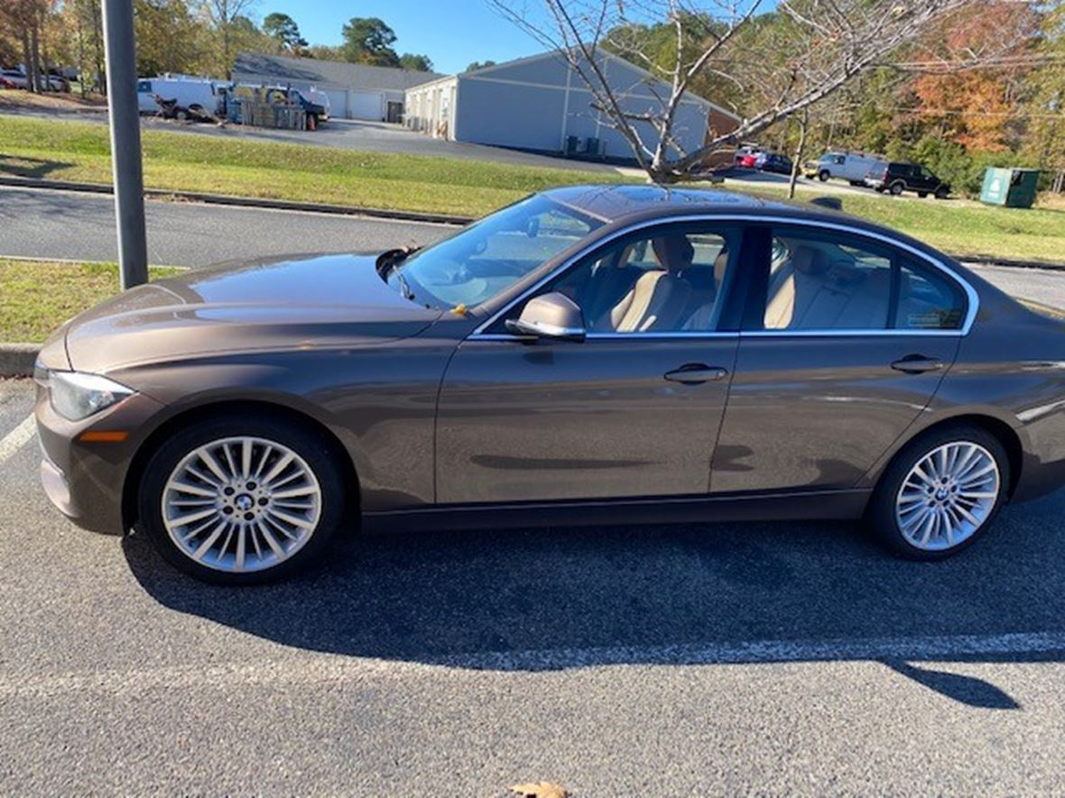 2013 BMW 3 Series for sale by owner in Newport News