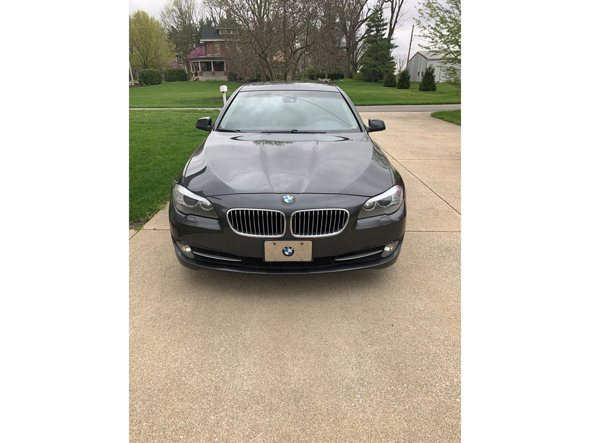 2011 BMW 5 Series for sale by owner in Brookston