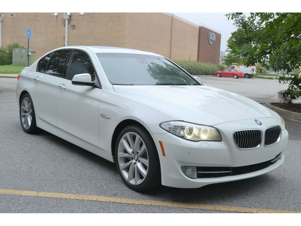 2011 BMW 5 Series for sale by owner in Cincinnati