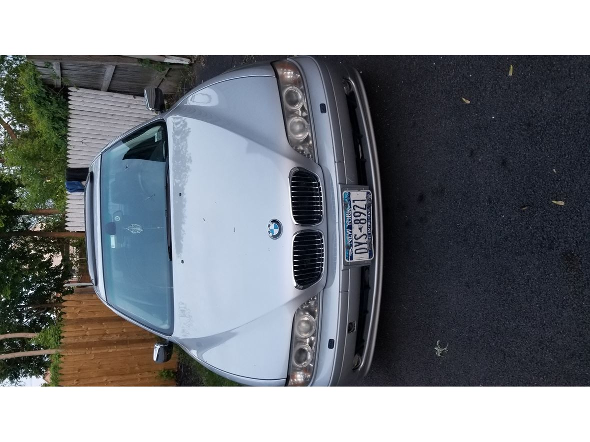 2003 BMW 525i for sale by owner in Schenectady