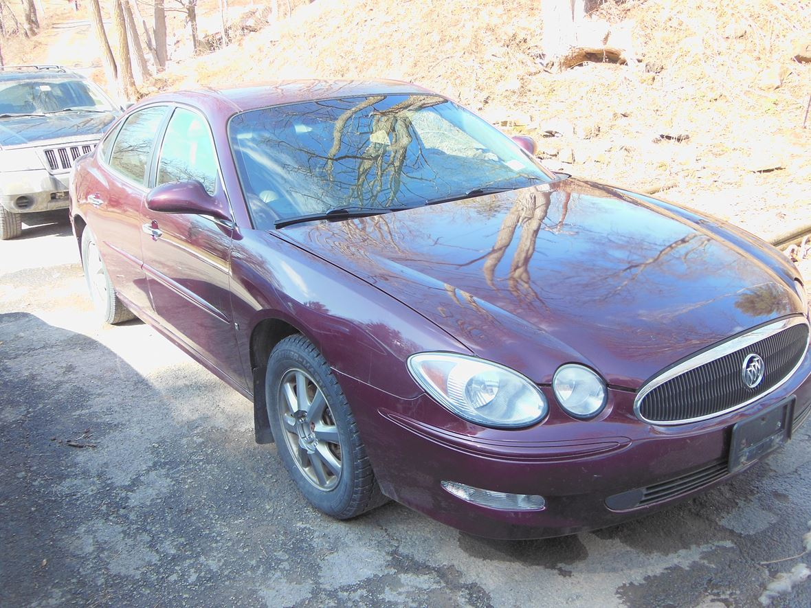 2007 Buick LaCrosse for sale by owner in Davenport