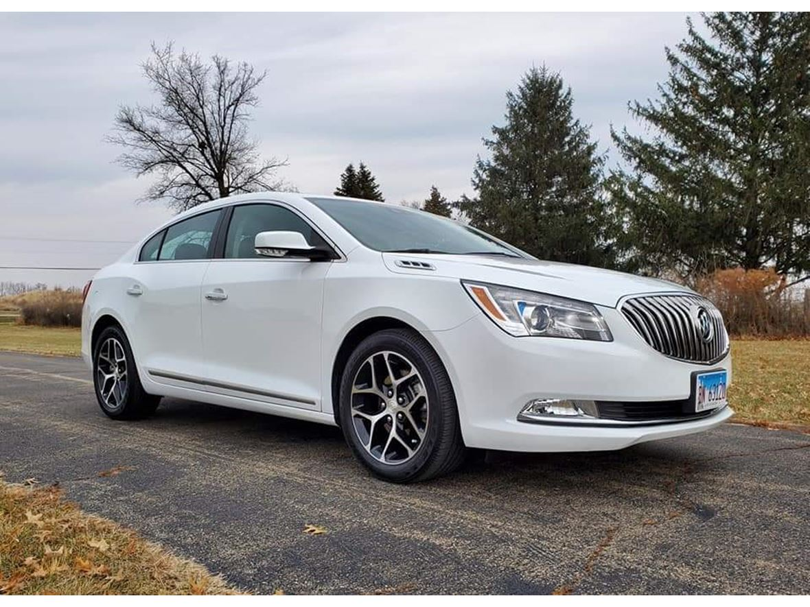 2016 Buick LaCrosse for sale by owner in Streator