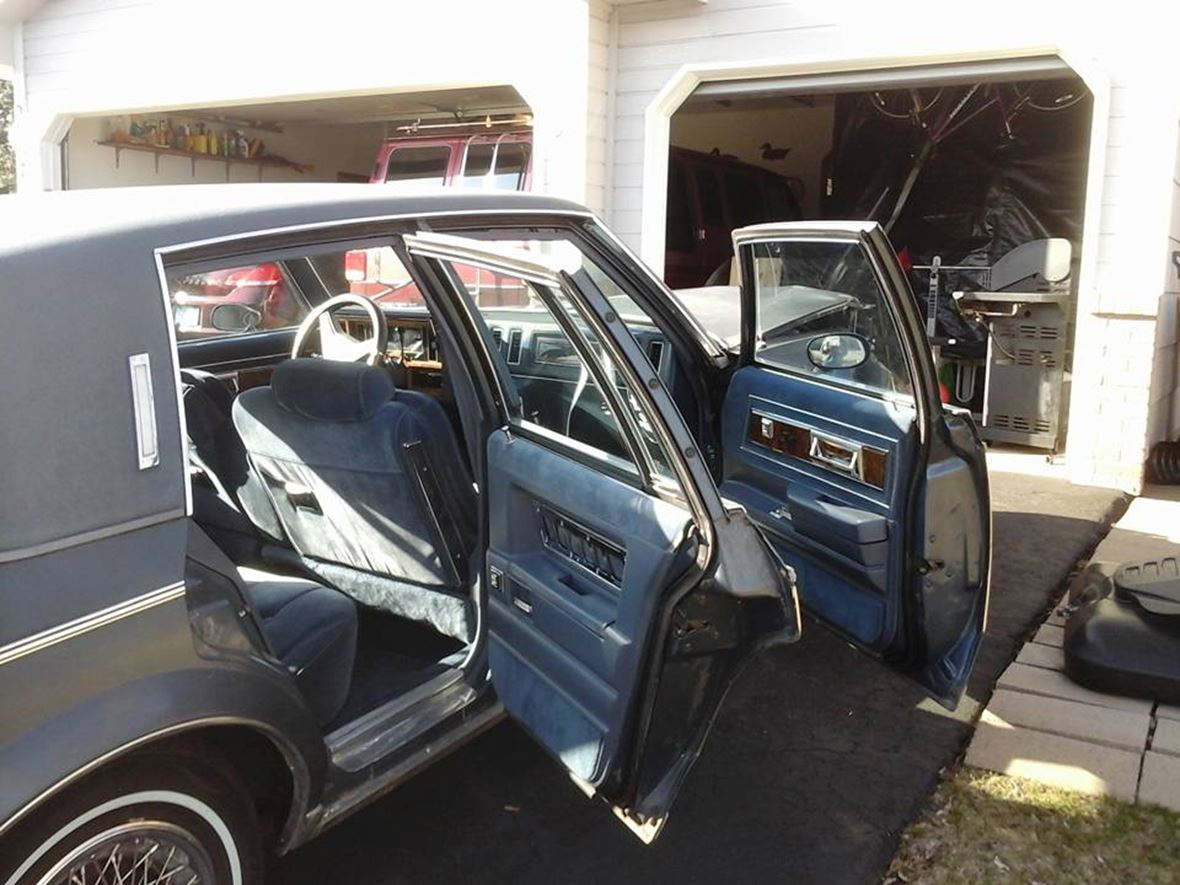 1984 Buick Regal for sale by owner in Minneapolis