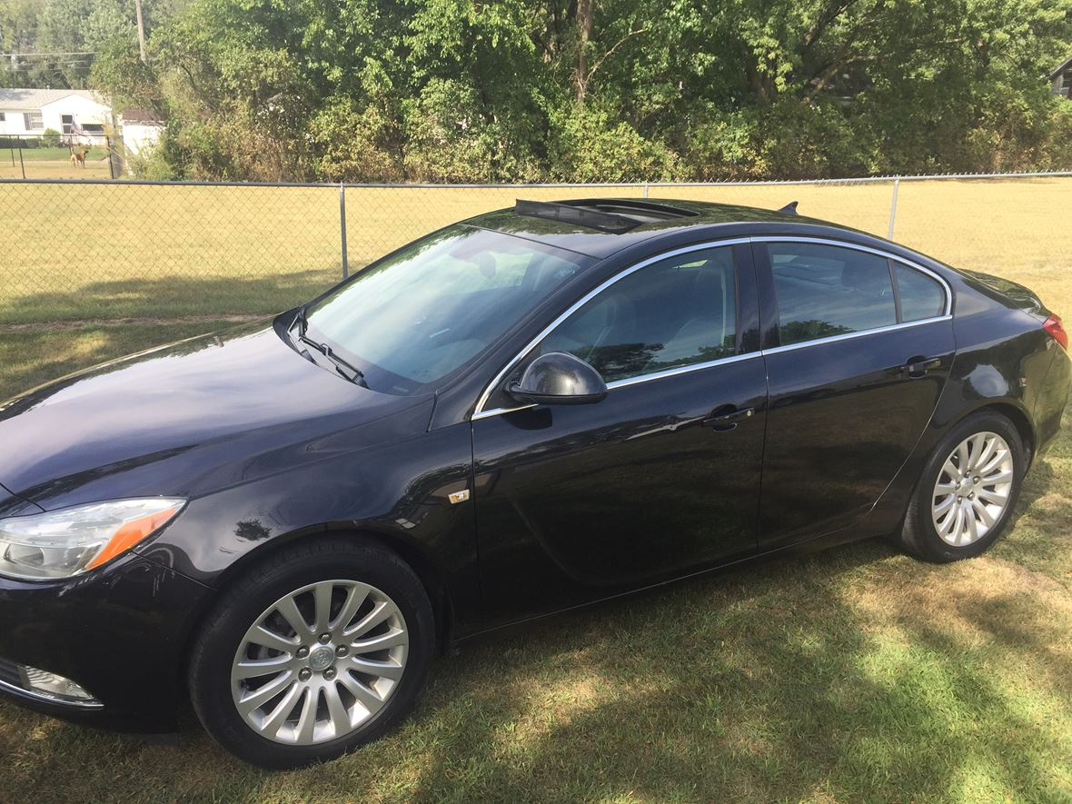 2011 Buick Regal for sale by owner in Waterloo