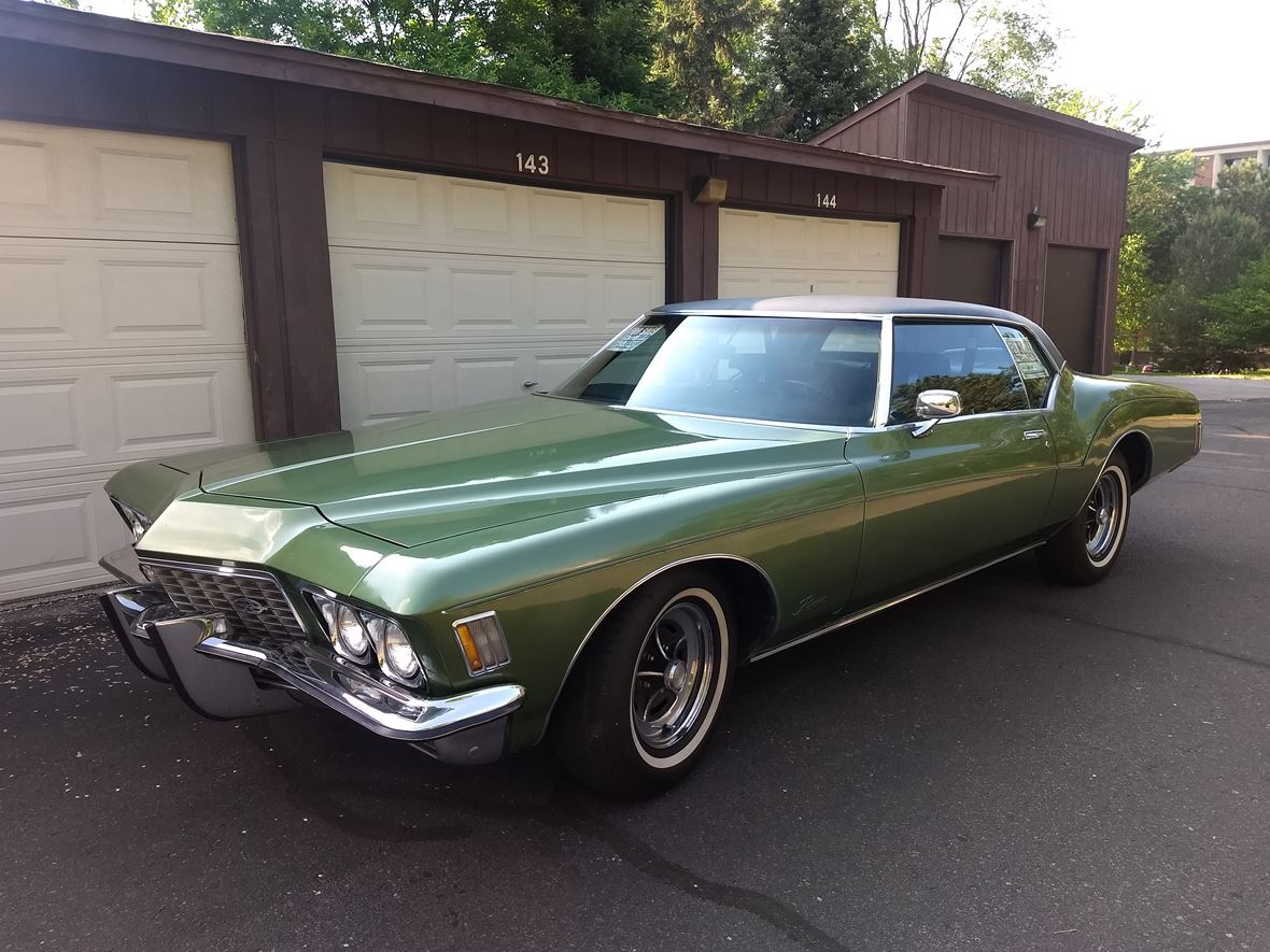 1972 Buick Riviera for sale by owner in Minneapolis