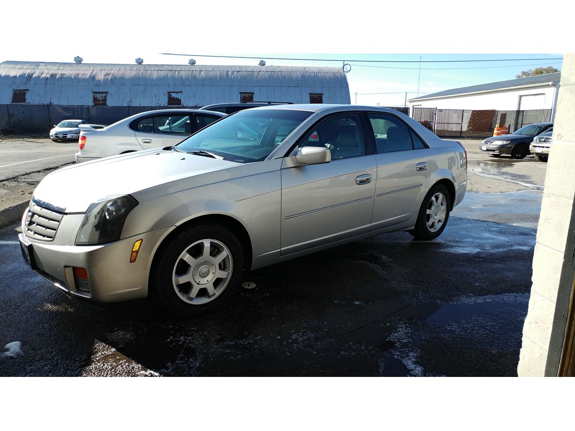 2004 cadillac cts for sale by owner in columbus oh 43221. Black Bedroom Furniture Sets. Home Design Ideas