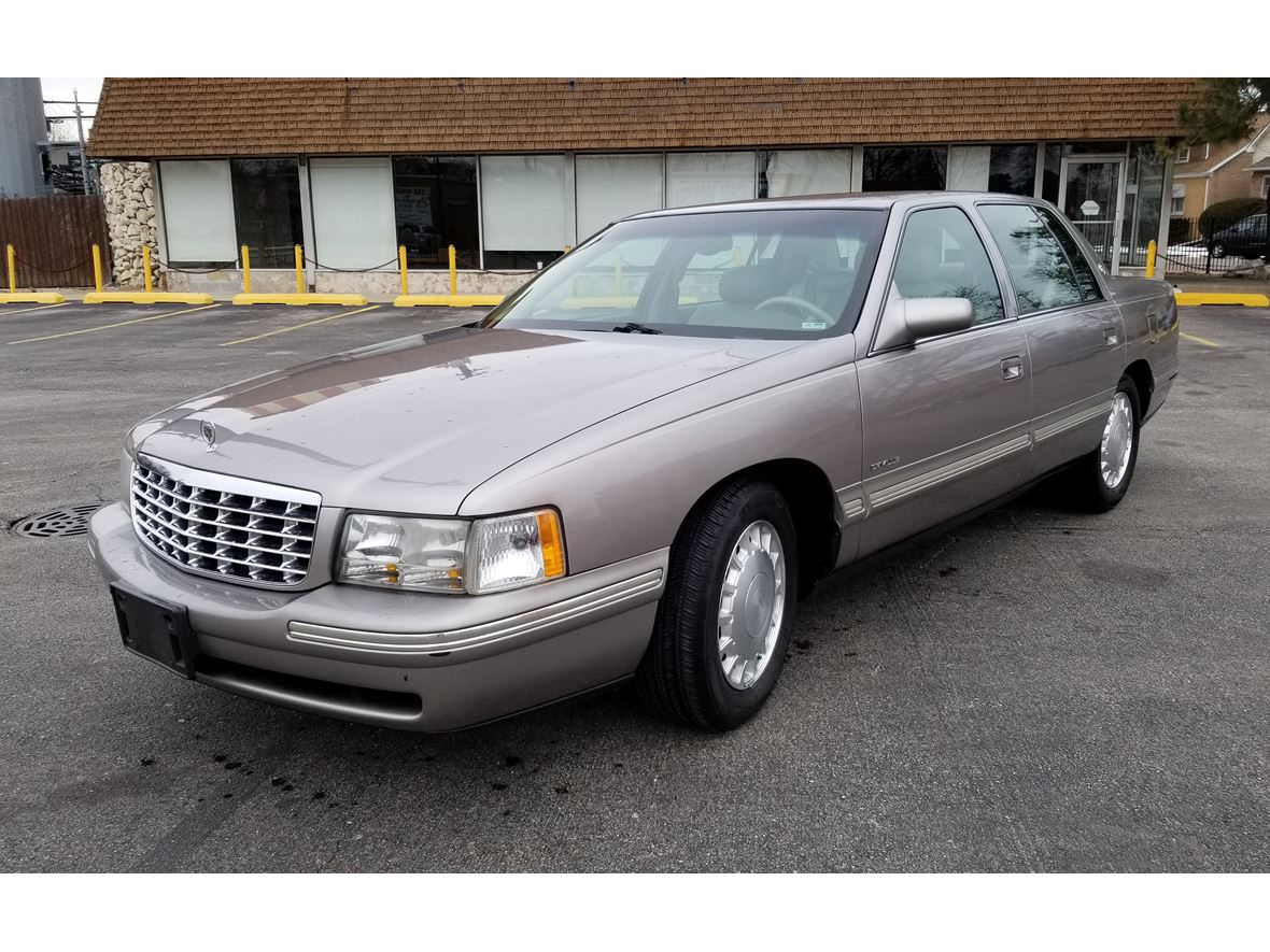 1998 Cadillac DeVille for sale by owner in Chicago