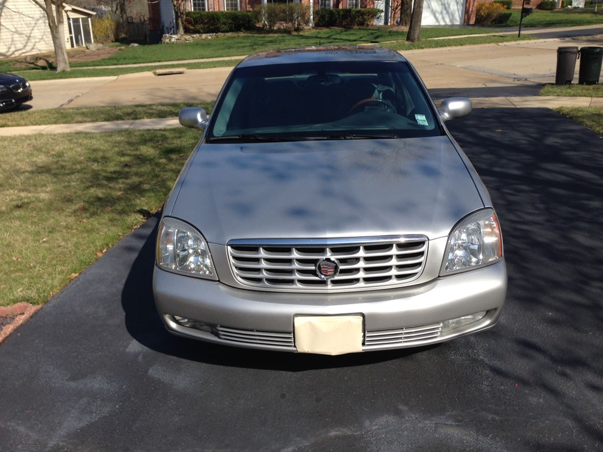 2005 Cadillac DTS for sale by owner in SAINT LOUIS