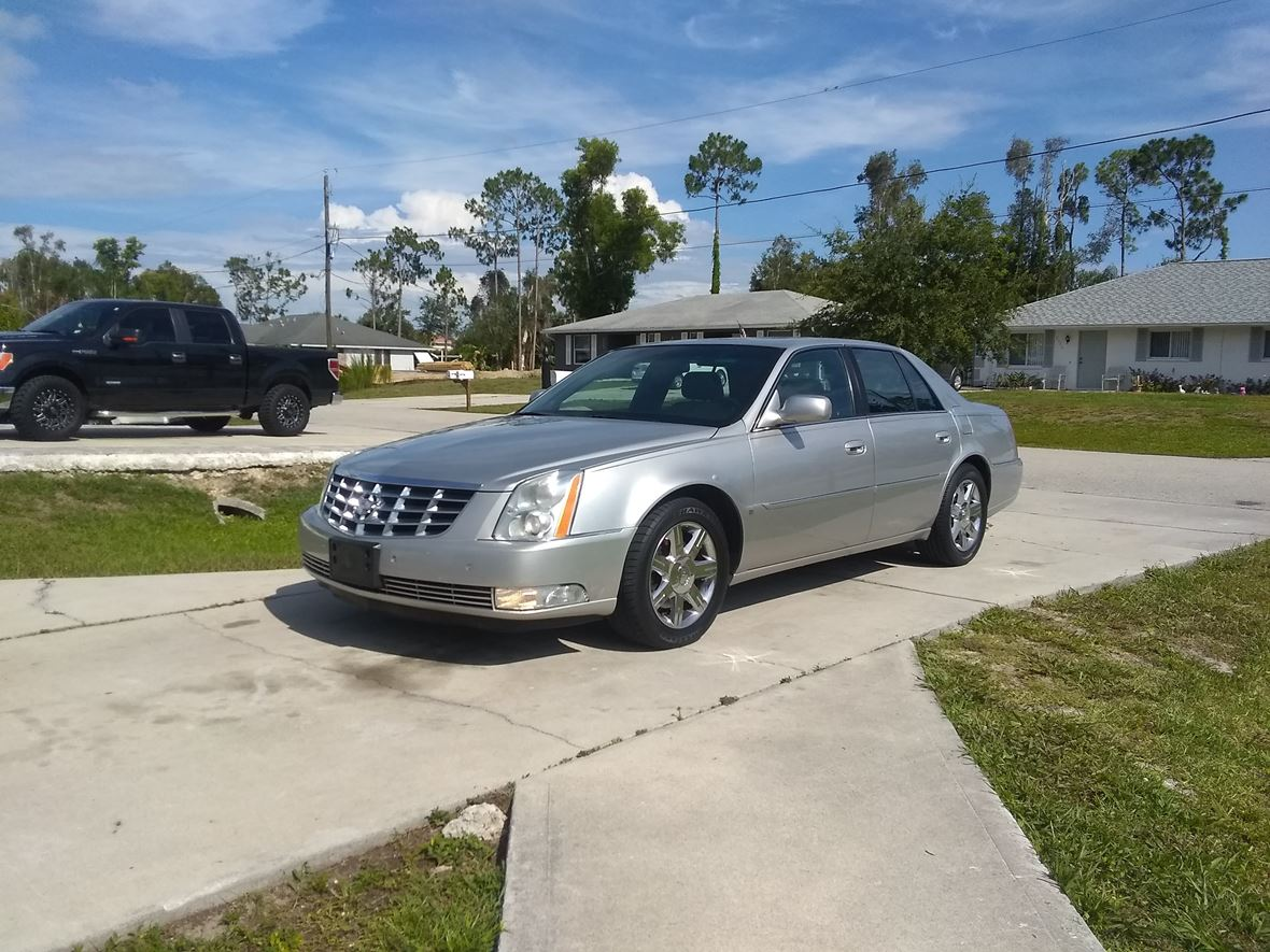 2007 Cadillac DTS for sale by owner in Fort Myers