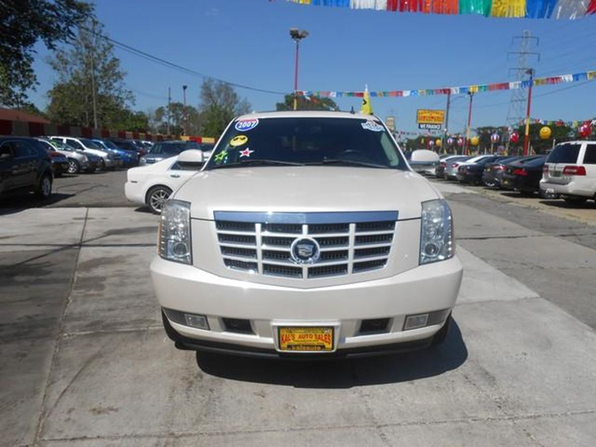 2007 Cadillac Escalade for sale by owner in Detroit