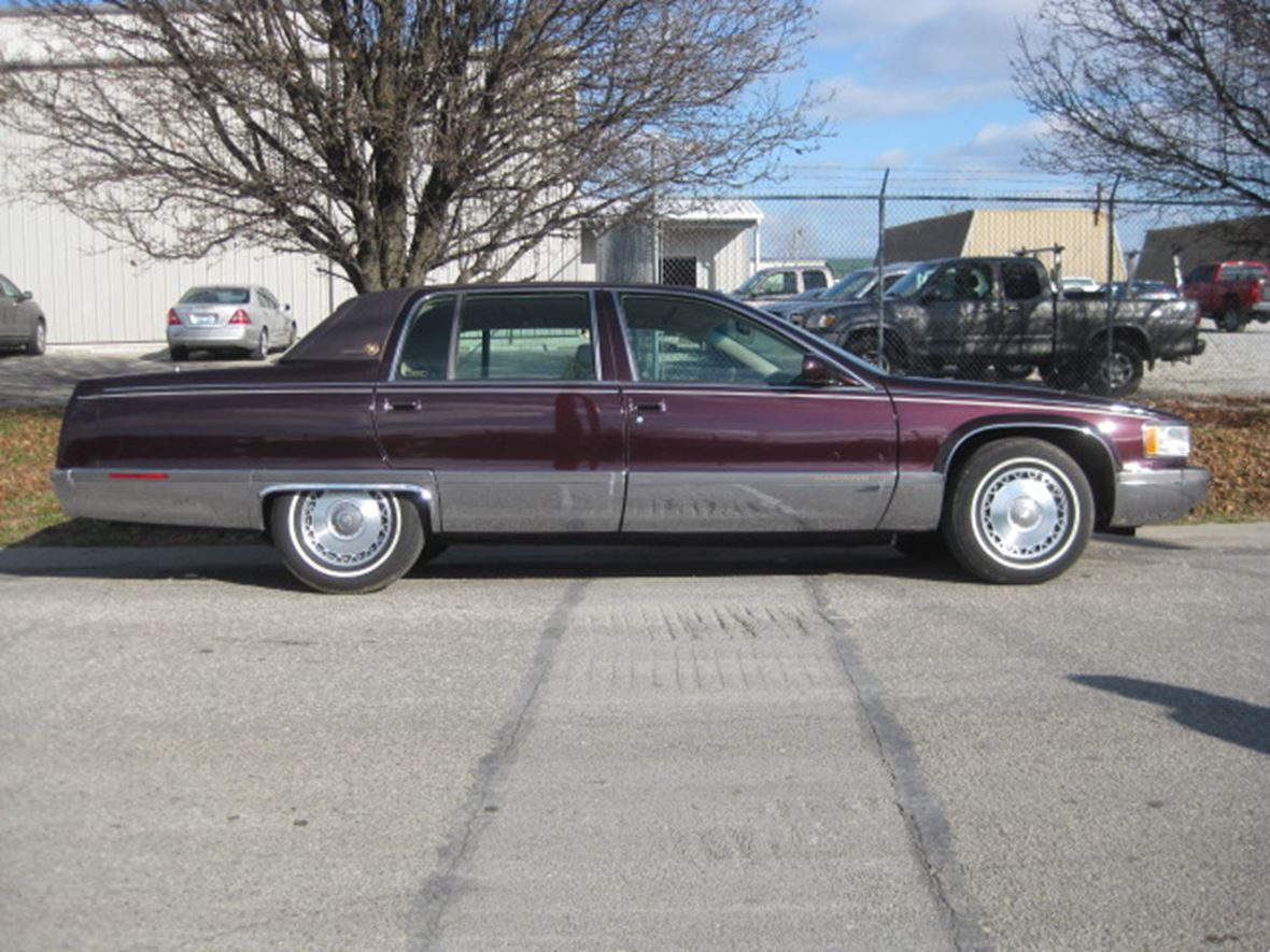 Cadillac Fleetwood For Sale >> 1996 Cadillac Fleetwood For Sale By Owner In Louisville Ky 40218 11 500