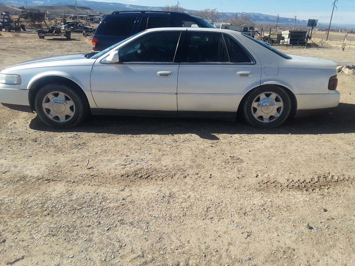 1999 Cadillac Seville for sale by owner in Clifton
