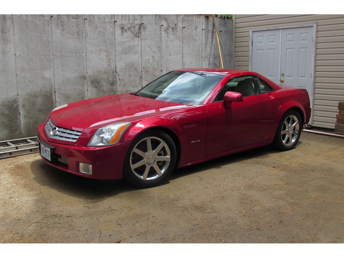 2005 Cadillac XLR for Sale by Owner in Barnett, MO 65011