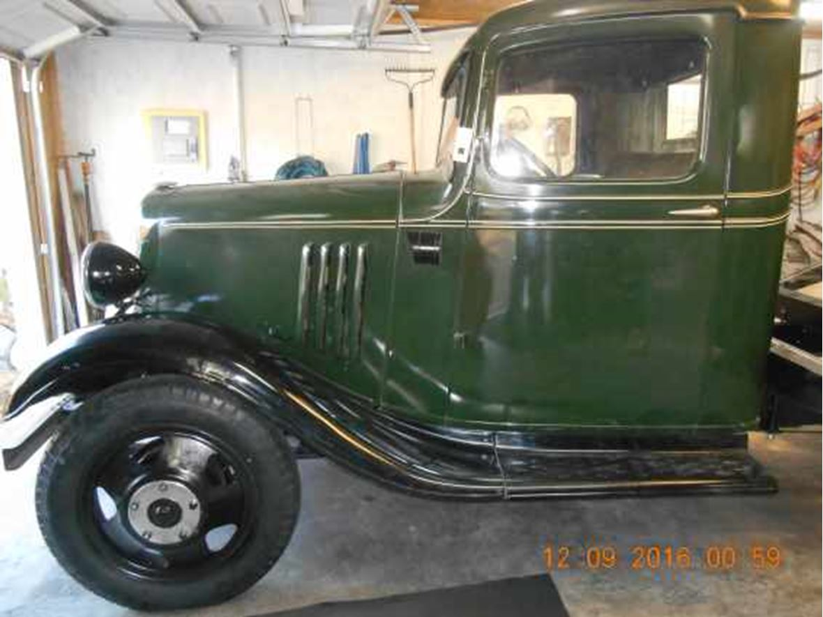 1935 Chevrolet 1 1/2 ton truck for sale by owner in North Augusta