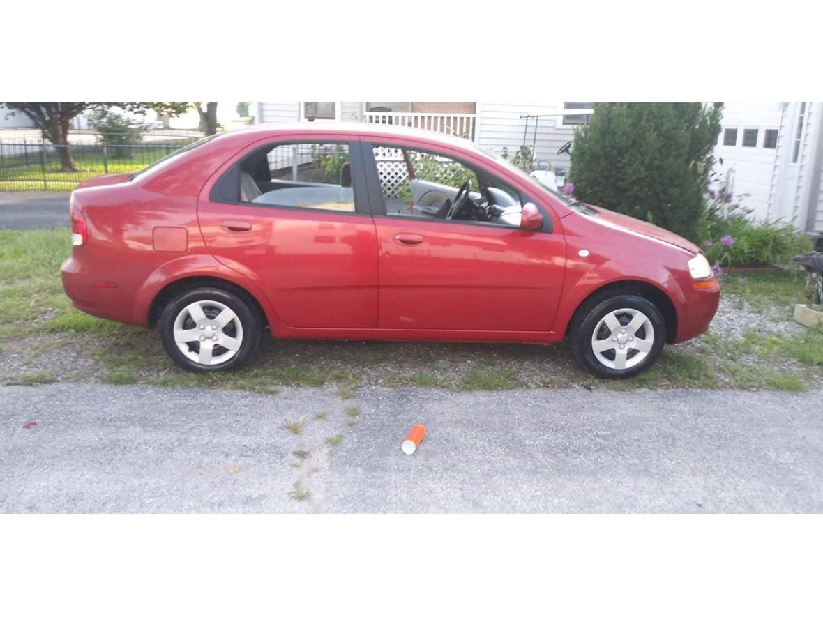 2005 Chevrolet Aveo for sale by owner in Saint Charles