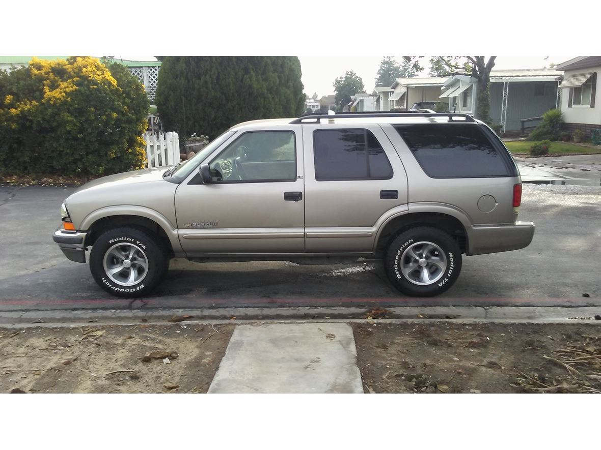 2002 Chevrolet Blazer for sale by owner in Ceres